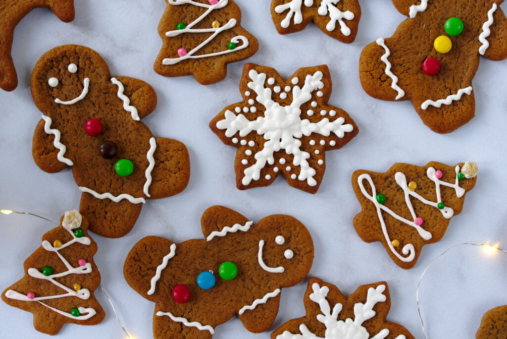 picture of gingerbread holiday cookies