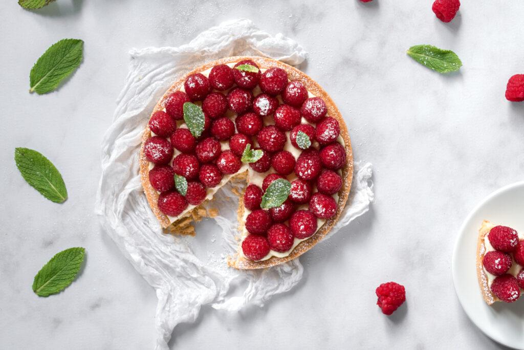 picture of easy raspberry tart